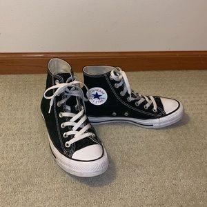 Converse Shoes - Black Hightop Converse